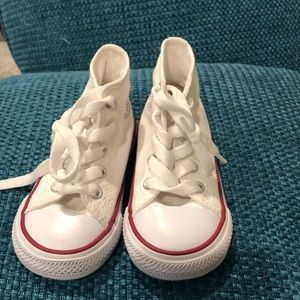 White Toddler Converse Size 5